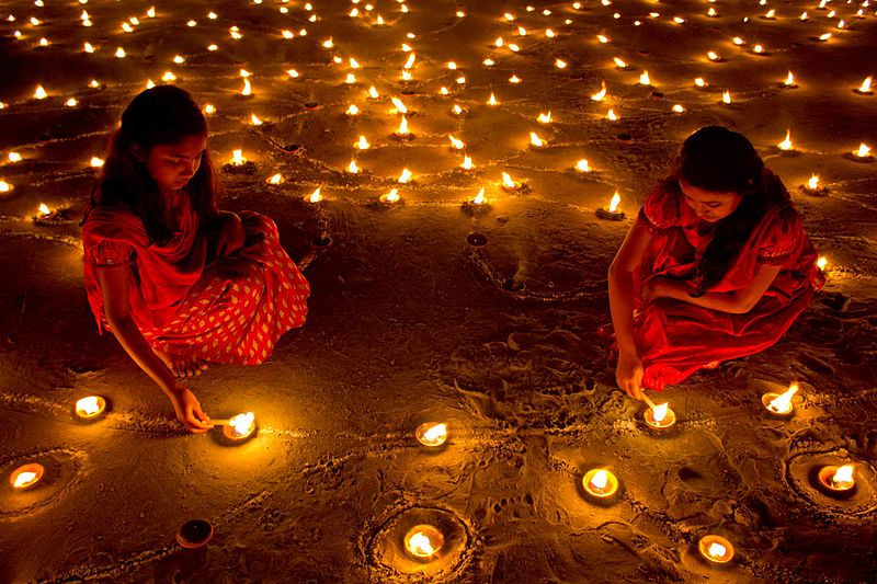 why is diwali called the festival of lights for class 2